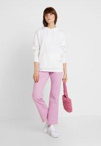 New Look - OVERSIZED HOODY - Mikina skapucí - white - 1