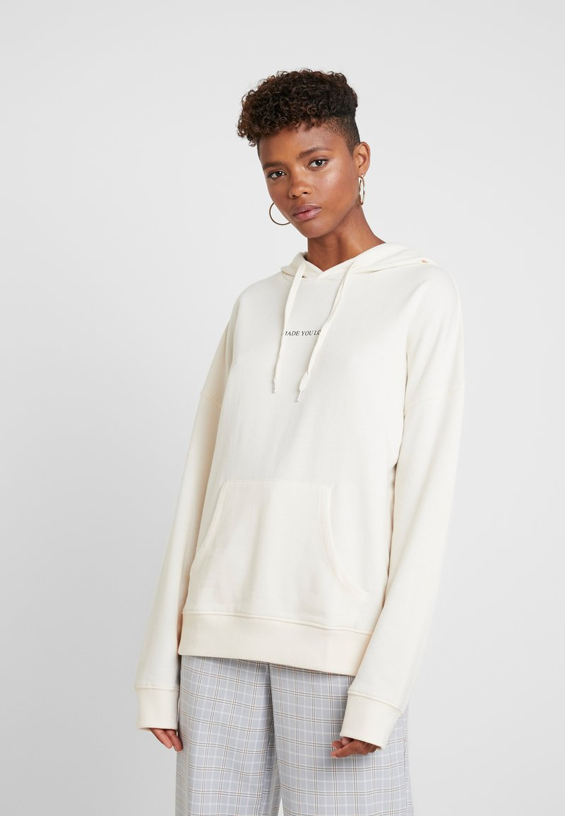 New Look - MADE YOU LOOK HOODY - Kapuzenpullover - off white