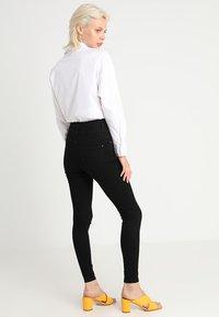 New Look - HIGHWAIST SKINNY - Jeans Skinny Fit - black - 2