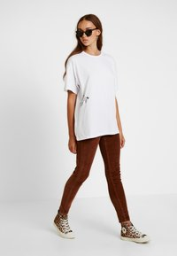 New Look - Trousers - camel - 2