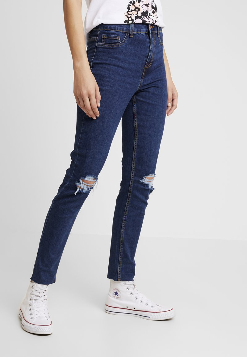 New Look - WOW KNEE RIP - Jeans Skinny - mid blue