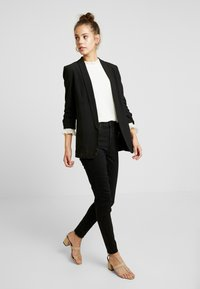 New Look - LIFT AND SHAPE - Jeans Skinny Fit - black - 1