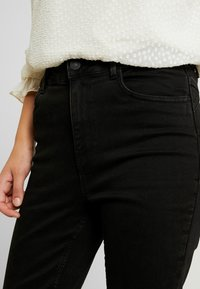 New Look - LIFT AND SHAPE - Jeans Skinny Fit - black - 4