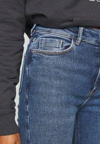 New Look - VINTAGE DISCO BUSTED KNEE KATHY - Jeans Skinny - teal - 5