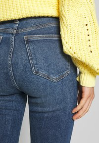 New Look - CLEAN DISCO BRANNING - Jeans Skinny - mid blue - 3