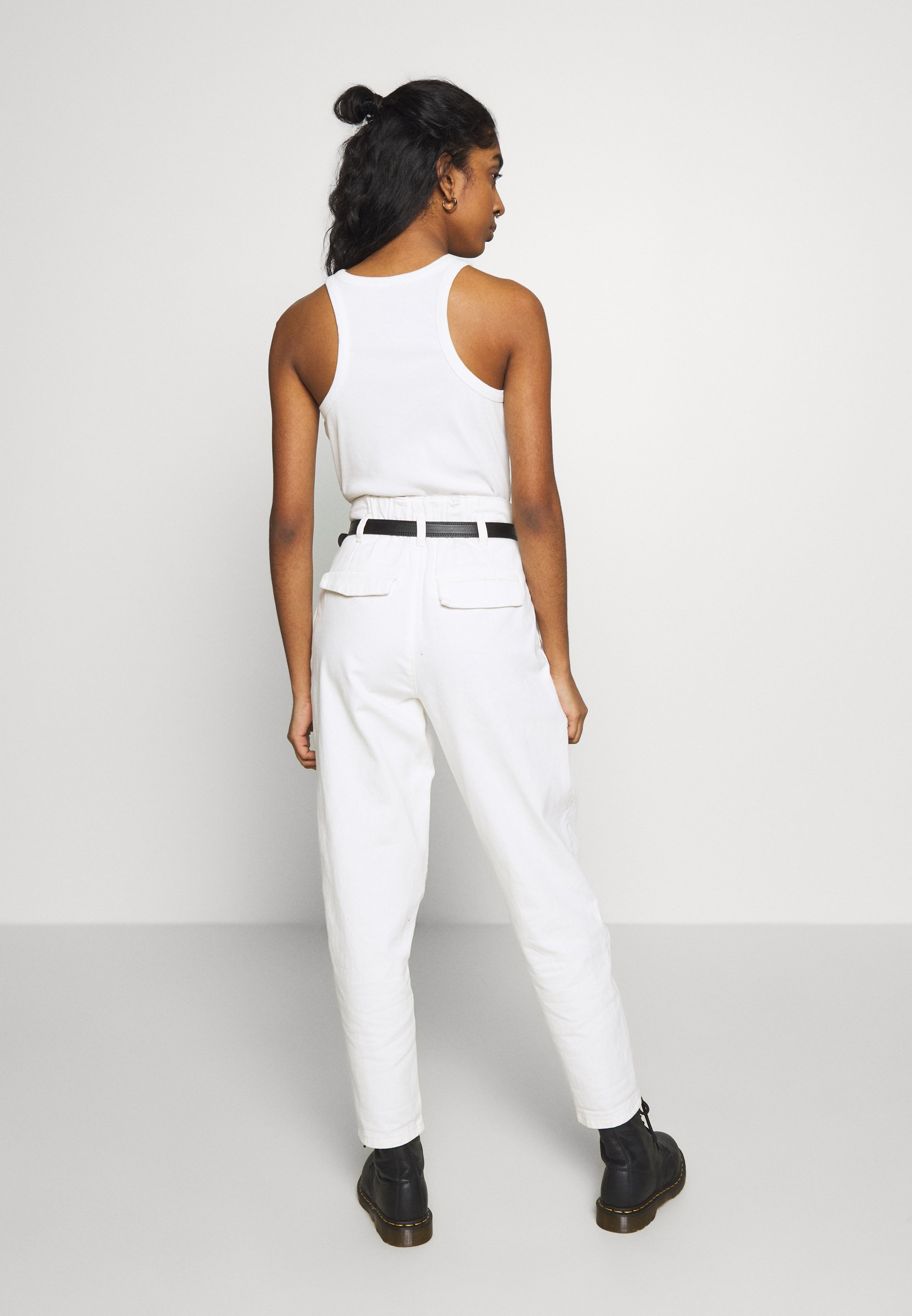 New Look KATE GROWN ON WAIST - Jeansy Relaxed Fit - offwhite