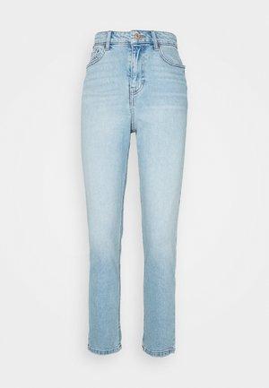 WAIST ENHANCE MOM BRENDEN - Jeans relaxed fit - light blue