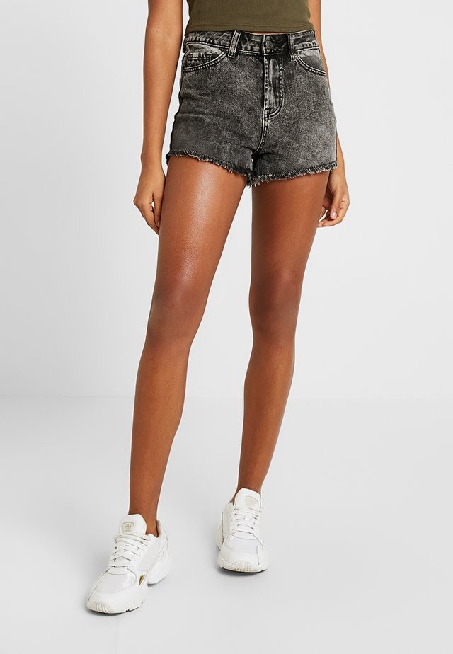BERMUDA RIPPED SHORT - Jeansshort - black
