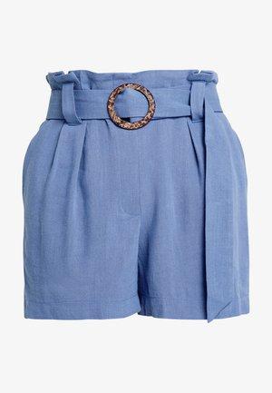 BERMUDA BUCKLE - Shorts - light blue