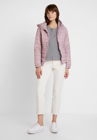 New Look - NEW PUFFER - Lehká bunda - shell pink - 1
