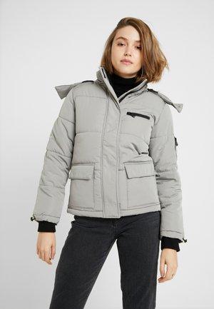 SHORT SKI PUFFER - Giacca invernale - pale grey