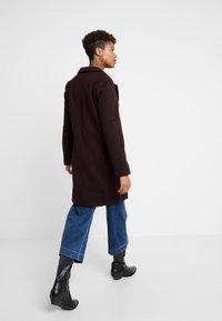 New Look - LEAD IN COAT - Halflange jas - burgundy - 2