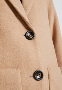 New Look - LEAD IN COAT - Kort kåpe / frakk - oatmeal