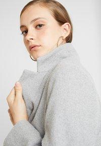 New Look - LEAD IN COAT - Kort kåpe / frakk - light grey - 4