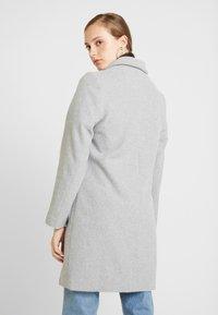 New Look - LEAD IN COAT - Kort kåpe / frakk - light grey - 2