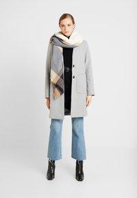 New Look - LEAD IN COAT - Kort kåpe / frakk - light grey - 1