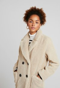 New Look - COAT - Abrigo de invierno - cream - 3