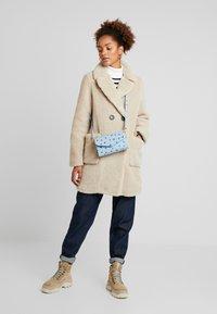 New Look - COAT - Abrigo de invierno - cream - 1