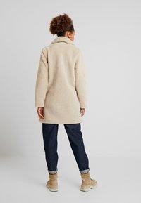New Look - COAT - Abrigo de invierno - cream - 2