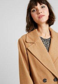 New Look - ARIANA MAXI COAT - Zimní kabát - camel - 5