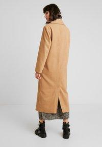 New Look - ARIANA MAXI COAT - Zimní kabát - camel - 2