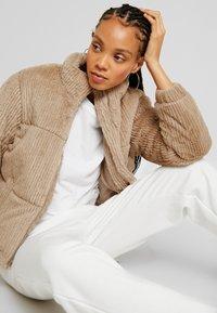New Look - Winter jacket - camel - 4