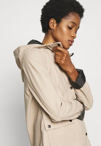 New Look - AMERIE RAIN - Impermeable - camel - 3