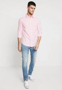 New Look - POPLIN - Overhemd - light pink - 1