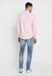 New Look - POPLIN - Overhemd - light pink - 2