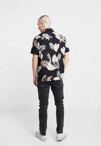 New Look - LEAFY LOUIS - Camicia - black - 2