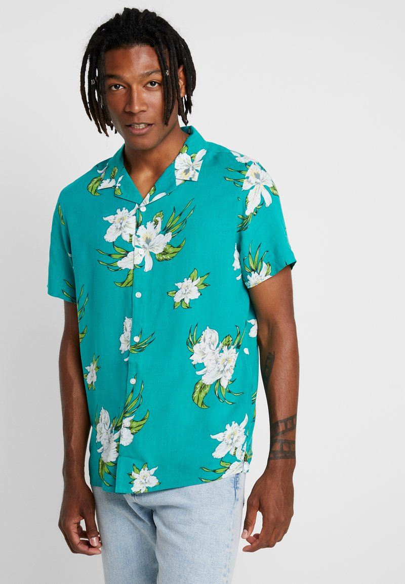 New Look - BALI TROPICAL - Hemd - mid green