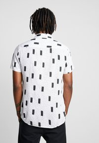 New Look - ABSTRACT GEO  - Shirt - white pattern - 2