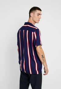 New Look - VERTICAL STRIPE - Camicia - navy - 2