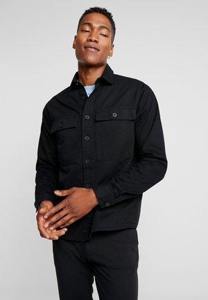 DOUBLE POCKET OVERSHIRT - Skjorta - black