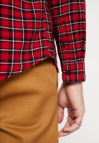 New Look - MINI CHECK - Shirt - red - 5