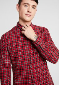 New Look - MINI CHECK - Shirt - red - 3