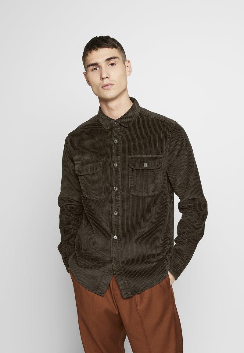 New Look - CHUNKY - Camisa - dark khaki
