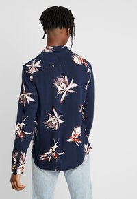 New Look - PROTEA FLORAL - Overhemd - navy - 2