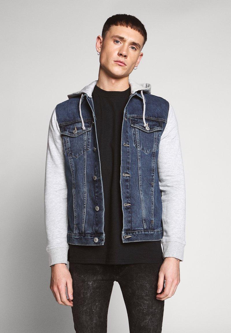 New Look - SLEEVE - Veste en jean - light blue
