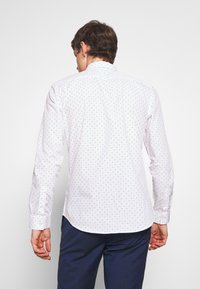 New Look - POLKA DOT - Business skjorter - white - 2
