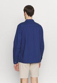 New Look - ZIP THRU SHACKET - Overhemd - indigo - 2