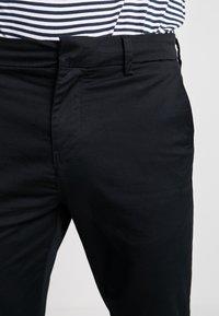New Look - PLAIN CROP - Chinos - black - 3