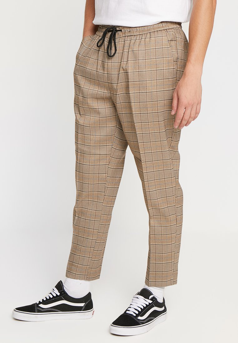 New Look - BRUCE CHECK PULL ON - Stoffhose - brown