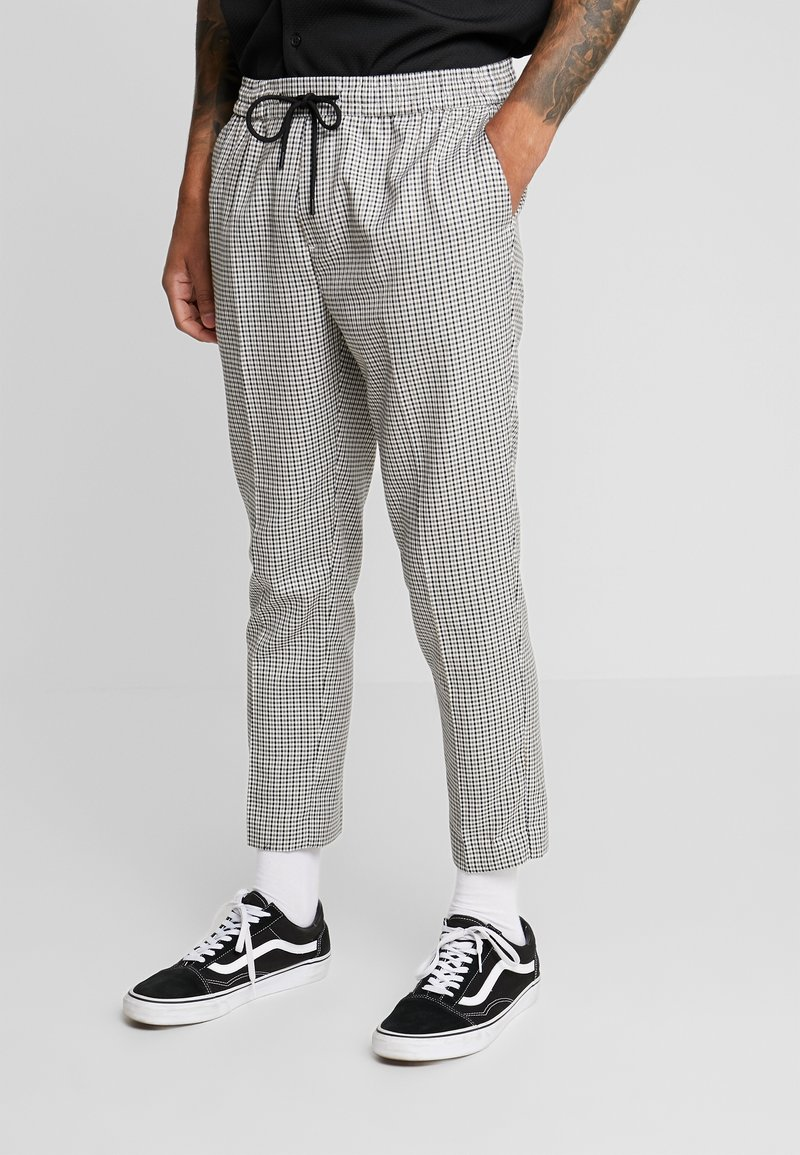 New Look - PHILIP GINGHAM PULL ON - Trousers - stone