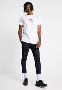 New Look - GRID CHECK CROP - Trousers - navy - 1