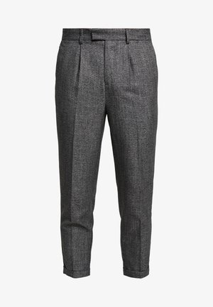 TEXTURE PLEAT FRONT TROUSER - Bukser - dark grey