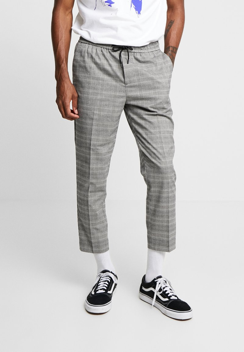 New Look - NEW HAMILTON SLIM CROP - Trousers -  grey