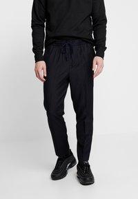 New Look - CROP - Trousers - black - 0