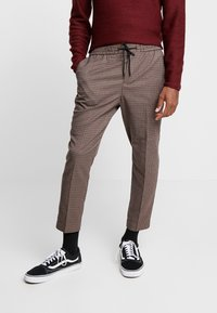 New Look - ASO SMALL CHECK SLIM CROP - Trousers - brown - 0