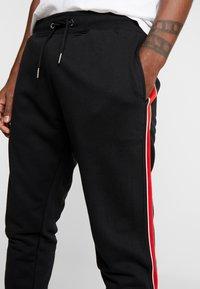 New Look - SIDE TAPE JOGGER  - Teplákové kalhoty - black - 5